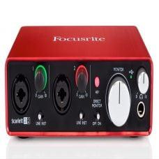 Focusrite Scarlett 2i2 (Gen 2)   Interface   Soundcard   Like New